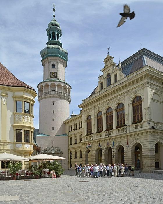 Az év turisztikai települése. Szavazz Sopronra is!