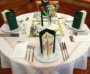 Soproni étterem, asztalfoglalás